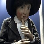 Joueur de flûte, santon de la crèche de Vicq-sur-Breuilh (Haute-Vienne). Photo aimablement communiquée par Éric Montbel.